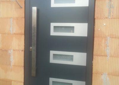 aluminijumska vrata -skriveno krilo