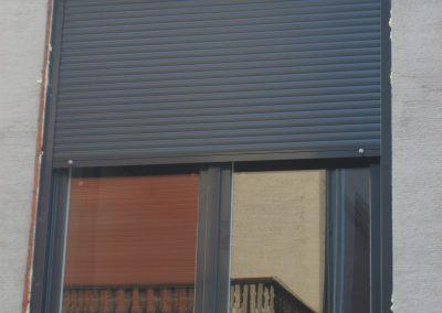 aluminijumski prozor sa roletnom