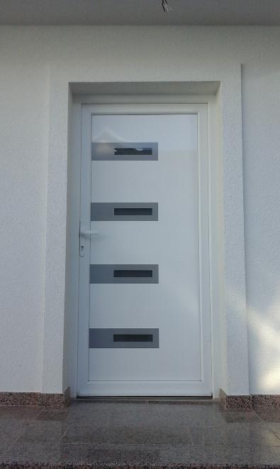 pvc ulazna vrata 6.